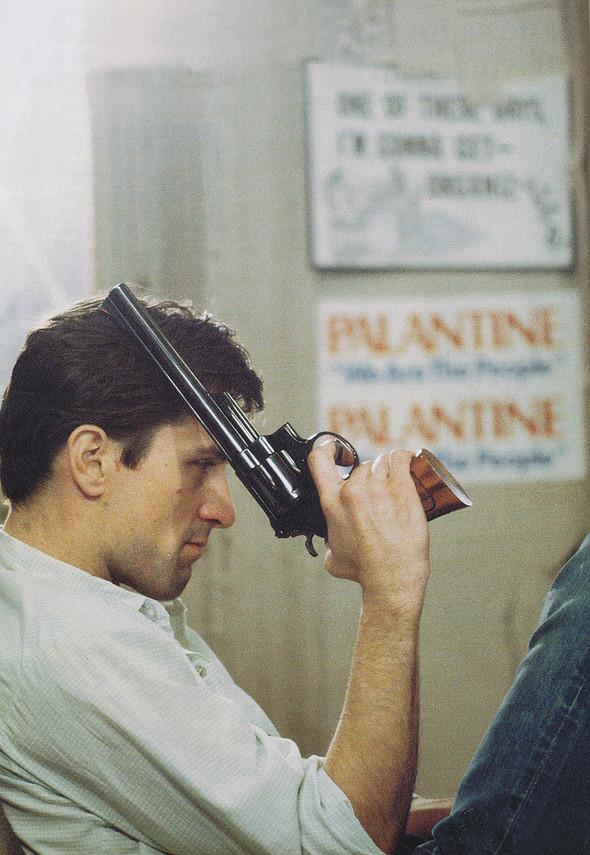Таксист Мартина Скорсезе на фото со съемочной площадки. Изображение № 2.