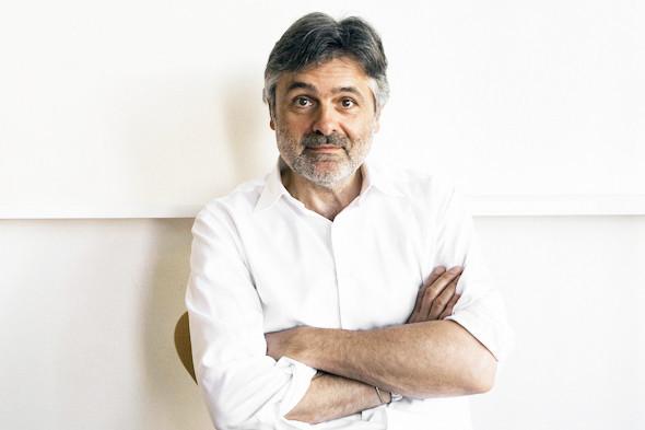 Рабочее место: Юстус Ойлер, арт-директор дизайн-студии Pentagram в Берлине. Изображение № 3.