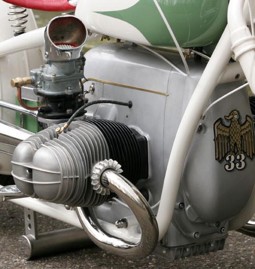 Cadbike 33, the BMW Bobber. Изображение № 11.