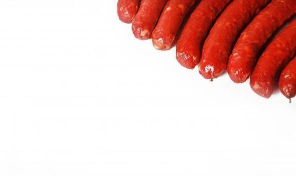 """Колбаски """"Охотничьи"""" полукопченые 1,060 руб за 1 кг. Изображение № 27."""