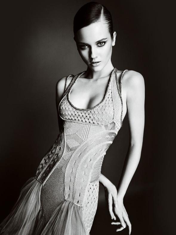 Atelier Versace FW 2010. Изображение № 22.