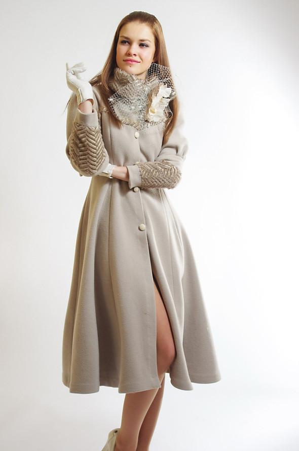 Изображение 8. Пальто от Diana Pavlovskaya: женственная весна!.. Изображение № 3.