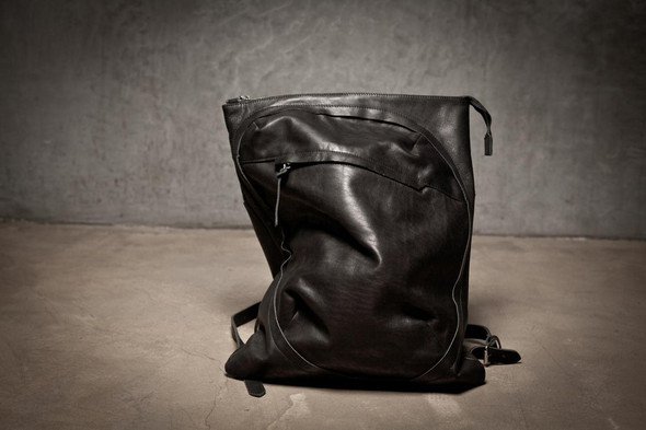 Лукбук: сумки Love Corporation SS 2012. Изображение № 6.
