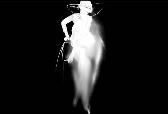 Съёмка: Alexia Wight 4 W Magazine January 2012 by Nick Knight. Изображение № 9.