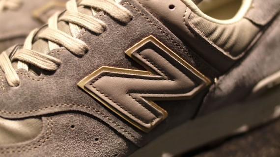 New Balance M576 The Road to London Pack. Изображение № 7.