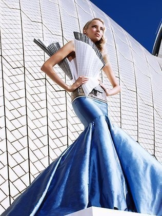 Изображение 2. Фотошоу для Sydney Opera Barbie.. Изображение № 3.