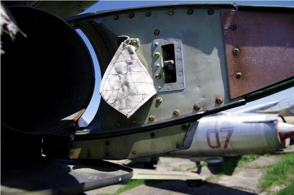 Сто рублей охраннику кладбища советской авиации. Изображение № 24.