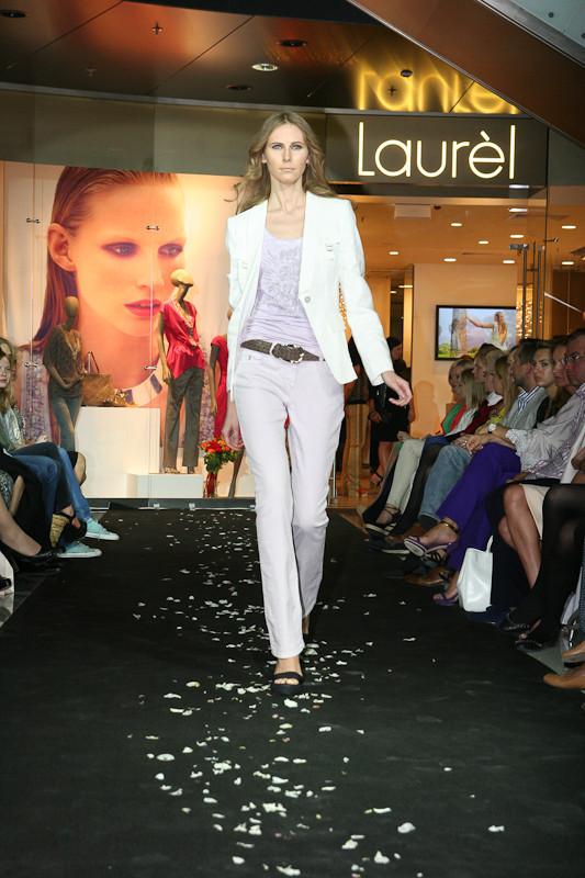 Звездное открытие флагманского магазина Laurèl. Изображение № 9.