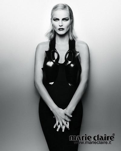 Календарь Marie Claire 2010. Изображение № 18.