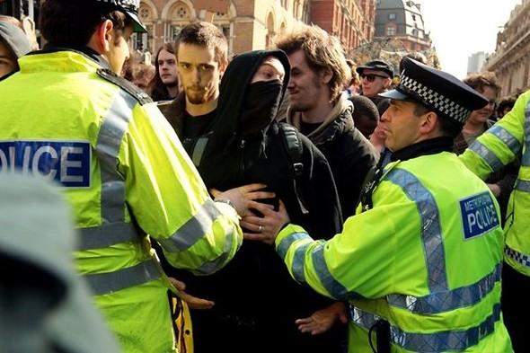 Лондон. Митинг. Изображение № 4.