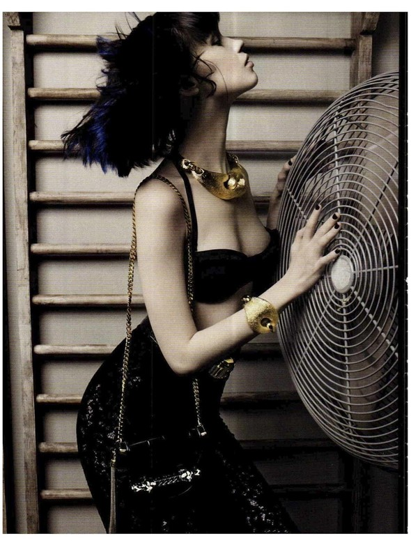 Съемки: Vogue, Numero, Tush и другие. Изображение №42.