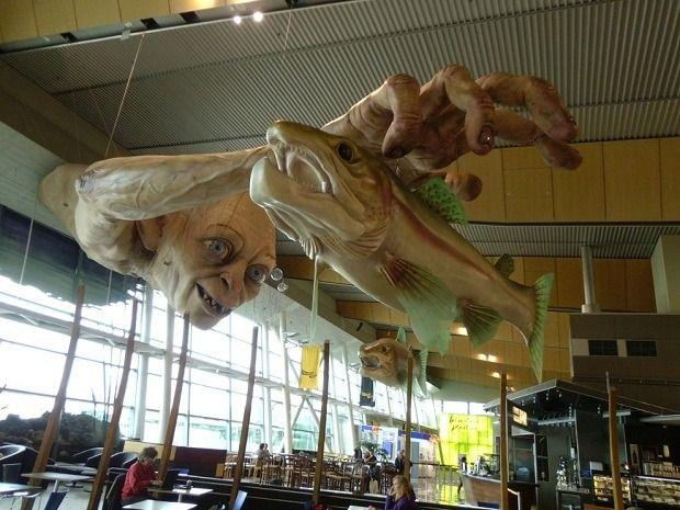 Огромная статуя Голлума из «Властелина Колец». Изображение № 3.