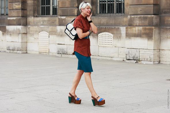 Уличный стиль на Неделе высокой моды в Париже. Изображение № 92.