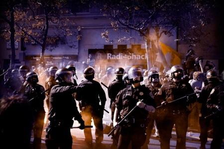 Antony Kurtz фотография протеста. Изображение № 7.