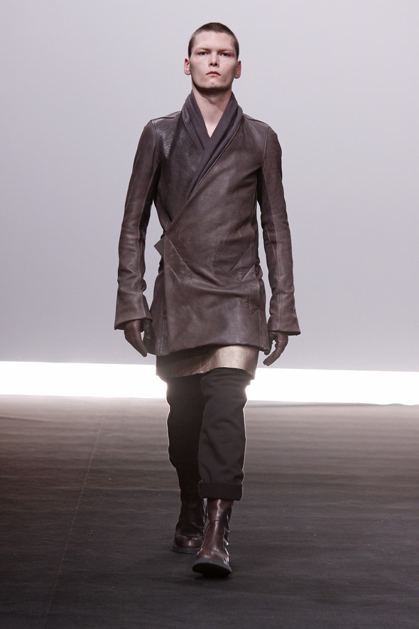 Rick Owens Fall Winter 2009 2010. Изображение № 19.