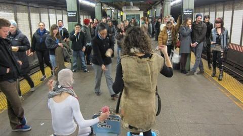 Los Huerfanos Putos Crios: Арт-террор в нью-йоркском метро. Изображение № 3.