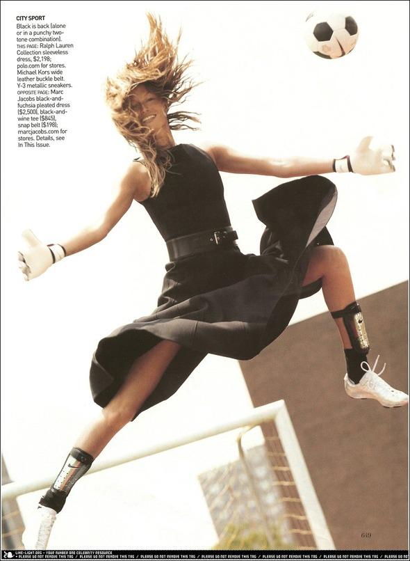 Быстрее, выше, сильнее: Модные съемки, вдохновленные спортом. Изображение №14.