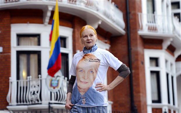 Вивьен Вествуд создала футболку в поддержку WikiLeaks. Изображение № 2.