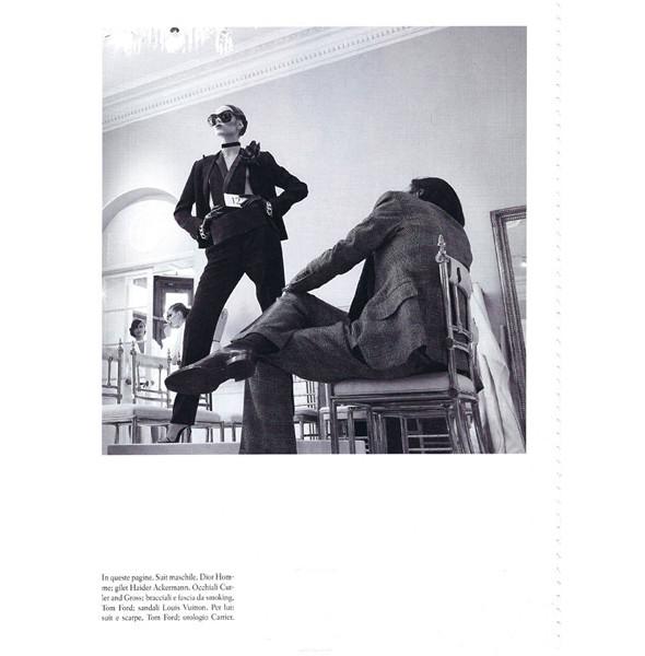 Изображение 37. Съемки: Harper's Bazaar, Metal, V и Vogue.. Изображение № 31.
