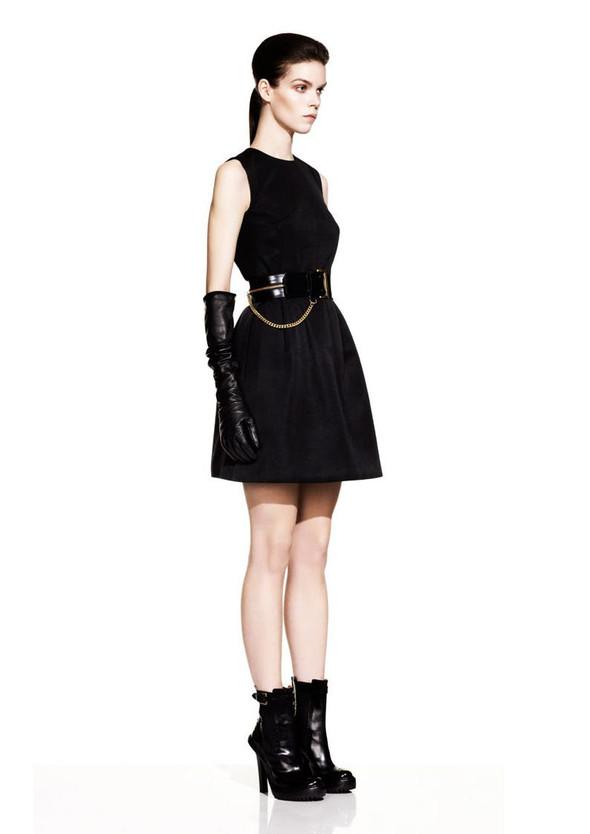McQueen Fall 2012 Lookbook. Изображение № 13.