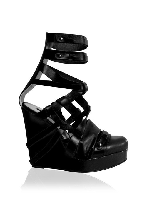 Две коллекции обуви от Ana Locking. Изображение № 17.