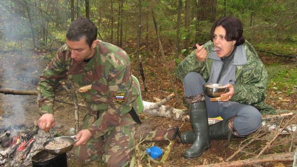 Как я выжила в походе в диком лесу. Изображение № 1.