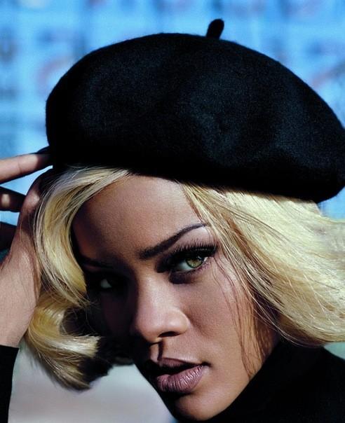 Съёмка: Рианна для британского Vogue. Изображение № 6.