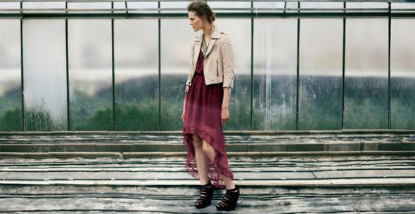 Лукбуки: H&M, Zara, Urban Outfitters и другие. Изображение №15.