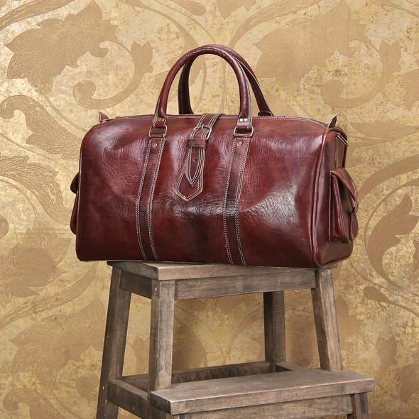Открылся новый магазин модных сумок и аксессуаров. Изображение № 2.