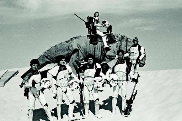 Редкие фотографии сосъемок «Звездных войн». Изображение № 16.