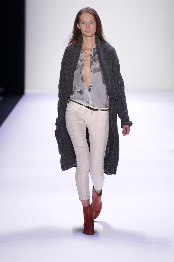 Berlin Fashion Week A/W 2012: Lala Berlin. Изображение № 14.