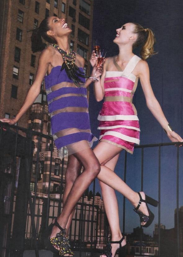 Съёмка: Алессандра Амброзио, Эмануэла де Паула и другие для Vogue. Изображение № 8.