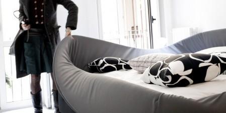 Кровать с мягкими краями. Изображение № 1.