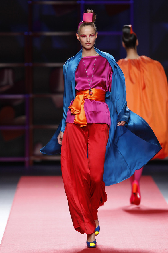 Madrid Fashion Week A/W 2012: Agatha Ruiz de la Prada. Изображение № 25.