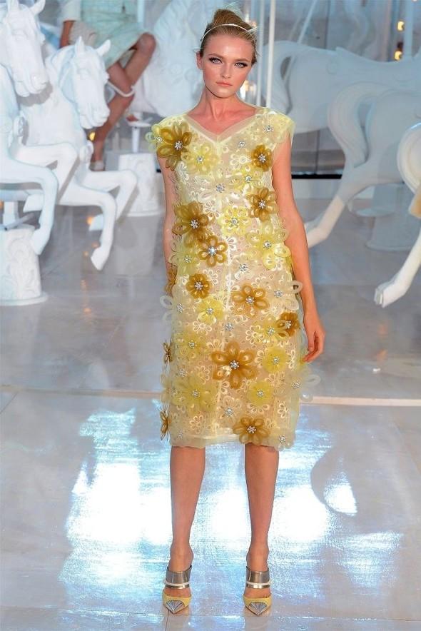 Неделя моды в Париже: Louis Vuitton весна 2012. Изображение № 35.