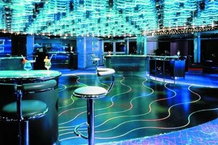 Первый вмире энергоэффективный ночной клуб. Изображение № 3.