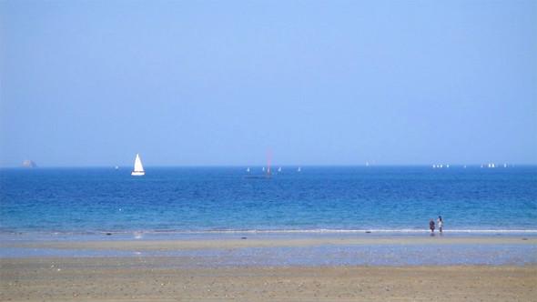 Пляж в Динаре. Изображение № 43.