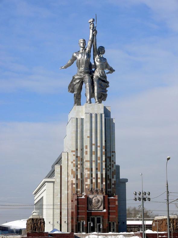 Померялись длиной: самые высокие статуи в мире. Изображение № 8.