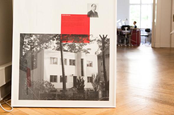 Рабочее место: Юстус Ойлер, арт-директор дизайн-студии Pentagram в Берлине. Изображение № 23.