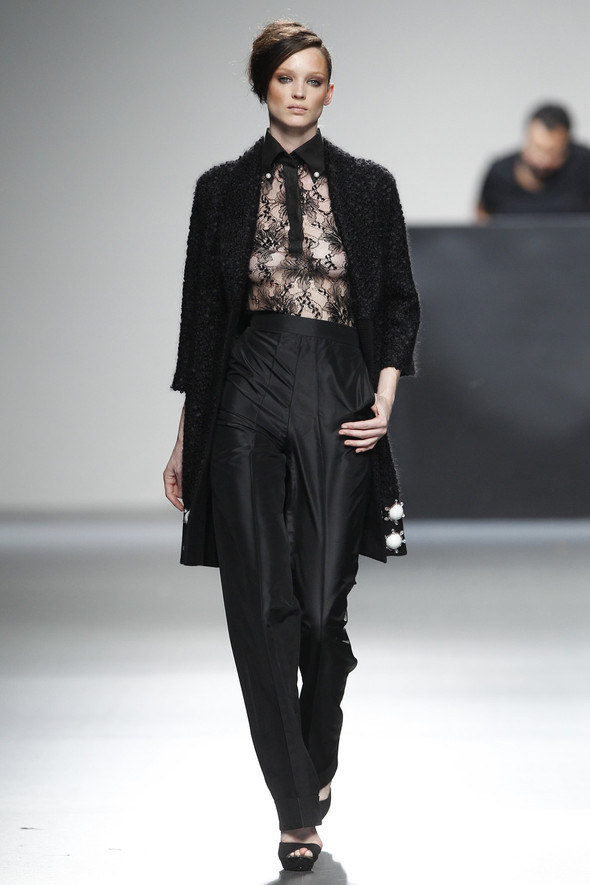 Madrid Fashion Week A/W 2012: Juana Martin. Изображение № 22.