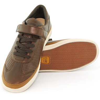 Clae Holiday '08 In-Store!. Изображение № 28.