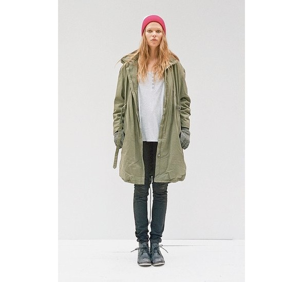 Женские лукбуки: Lauren Moffatt, Zara TRF и Urban Outfitters. Изображение № 35.