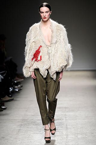 Thimister Haute Couture FW 2010. Изображение № 34.