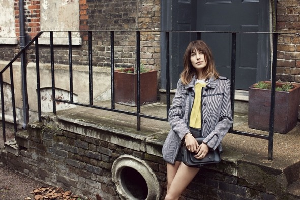 Лукбуки: H&M, Zara, Urban Outfitters и другие. Изображение №72.