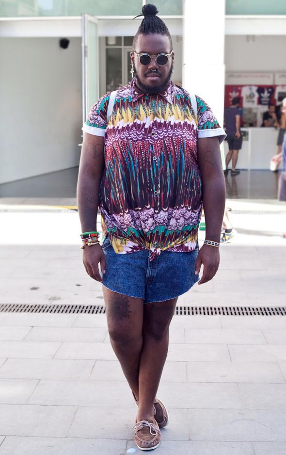 Пестрые рубашки и темные очки: Посетители фестиваля Sonar 2012. Изображение № 8.
