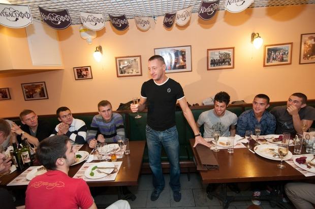 """Андрей Тихонов отпраздновал день рождения в ресторане """"Колбасофф"""". Изображение № 6."""