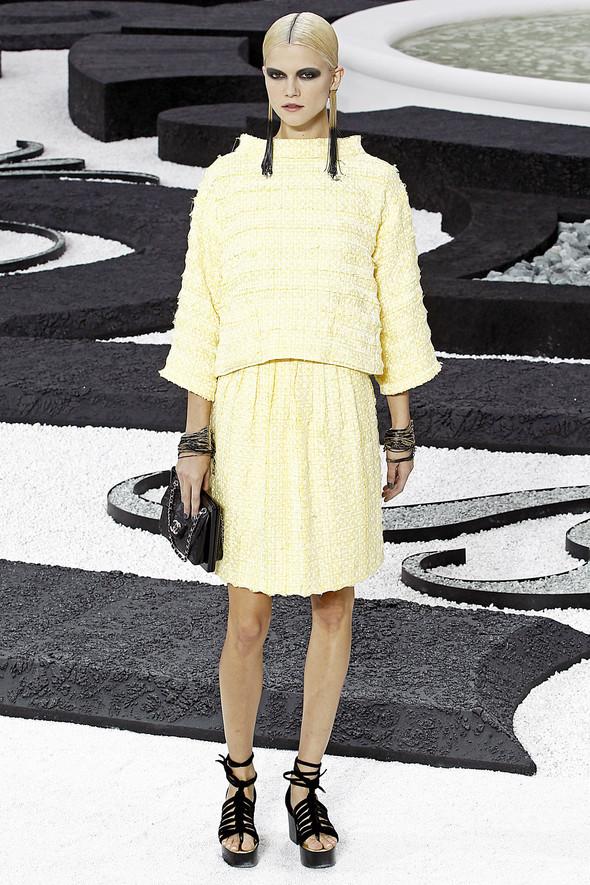 Карл Лагерфельд показал одну из самых красивых коллекций, когда-либо созданных для Chanel. Изображение № 14.