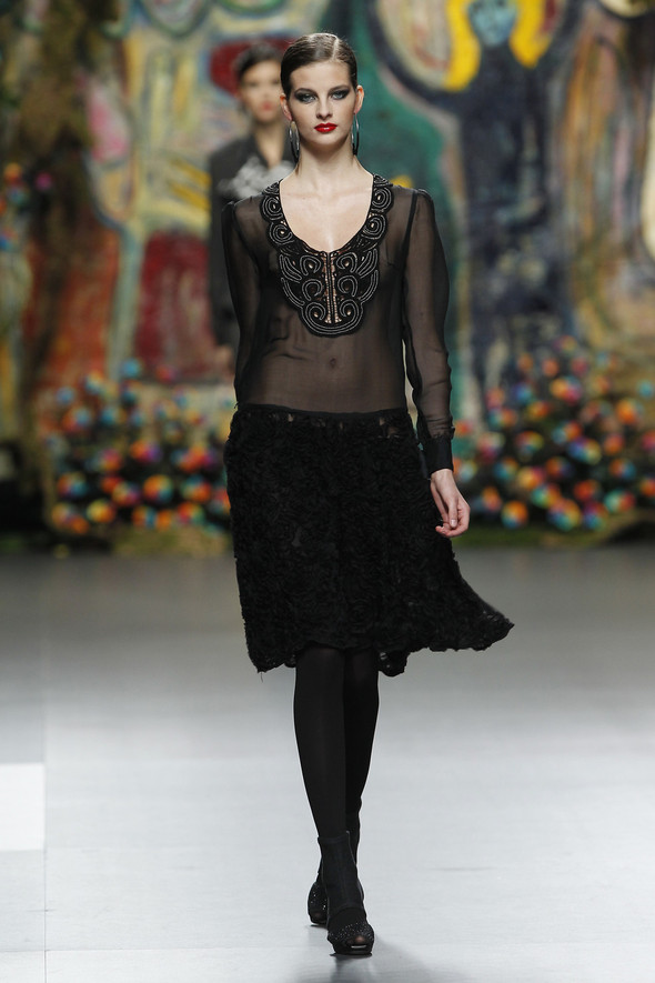 Испанцы Fall Winter 2011/2012: FRANCIS MONTESINOS. Изображение № 13.