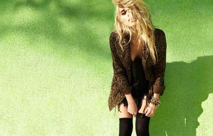 Forever 21, Le Coq Sportif и Zara выпустили новые коллекции. Изображение № 41.