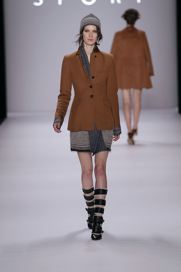 Berlin Fashion Week A/W 2012: Escada Sport. Изображение № 19.